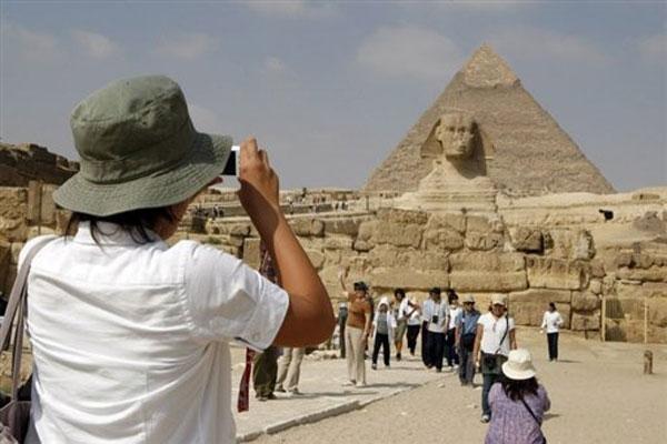 انخفاض في العائدات من النقد الأجنبي على خلفية تراجع السياحة