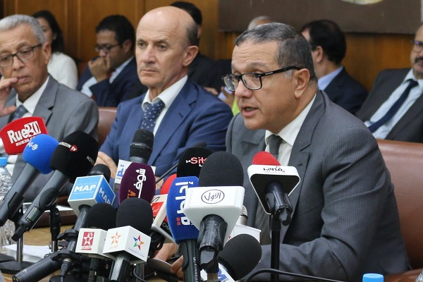 المغرب يعتزم اقتراض 2.5 مليار دولار من الخارج في 2018