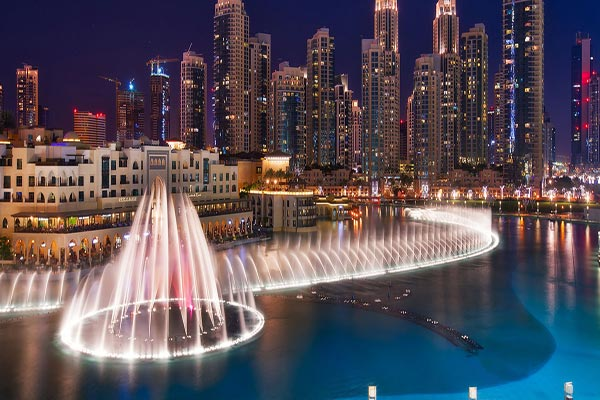 دبي تستهدف 20 مليون سائح سنويًا بحلول 2020