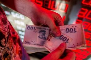 وزير المال التركي يتوقع تراجع النمو وازدياد التضخم