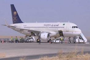 طائرة الخطوط الجوية السعودية في مطار أربيل الدولي في أول رحلة مباشرة من جدة