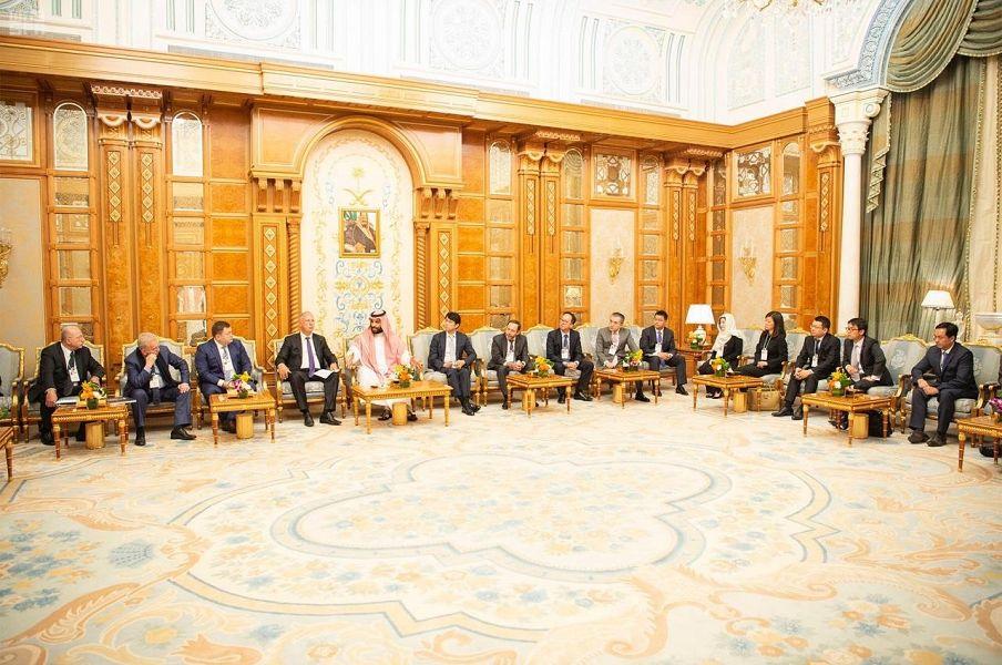 الأمير محمد بن سلمان خلال مباحثاته مع رؤساء الصناديق السيادية والشركات الصناعية والتقنية من مختلف دول العالم