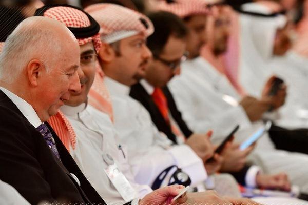 مشاركون في مؤتمر مبادرة مستقبل الاستثمار