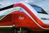 ماكرون يدشِّن اليوم في المغرب خط قطار فائق السرعة