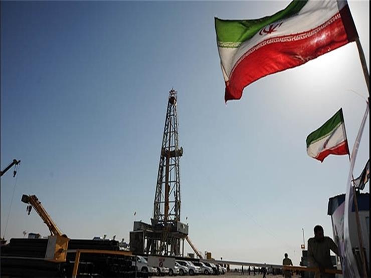 واشنطن تطالب العالم بوقف استيراد النفط الايراني