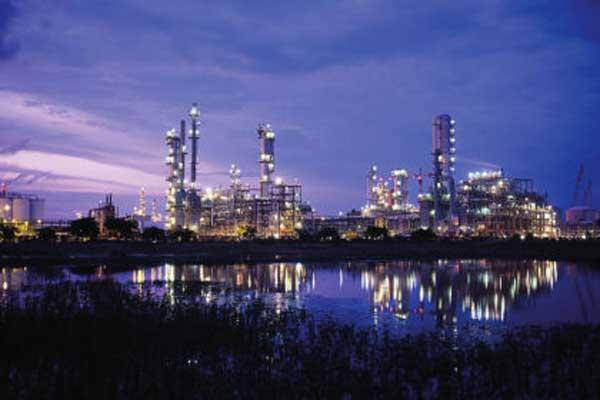 تبقى أوبك بقيادة السعودية لاعبًا محوريًا في المعادلة النفطية العالمية