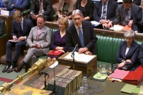 وزير الخزانة البريطاني فيليب هاموند أمام مجلس العموم