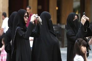 سيّاح خليجيون في لبنان