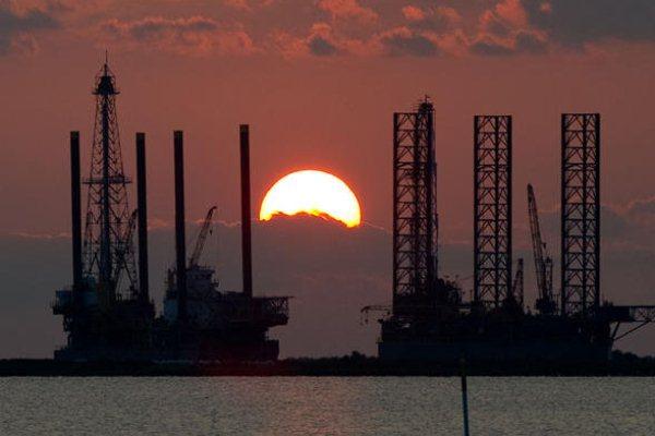 سعر النفط يتخطى 75 دولارًا للبرميل