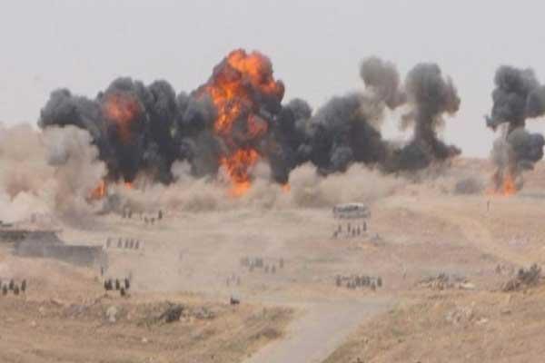 طيران مجهول يقصف حقل العمر النفطي في شرق دير الزور