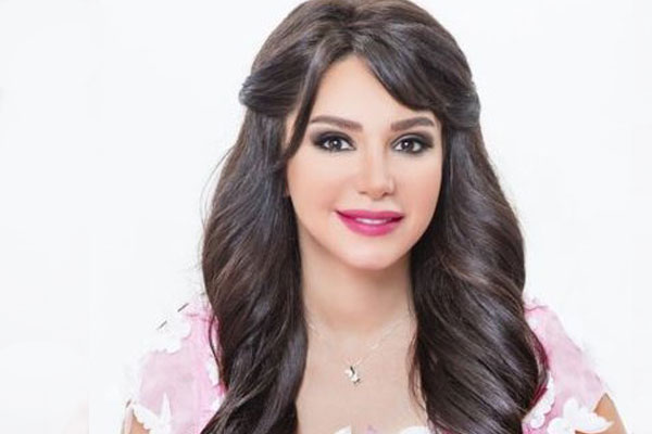 أنجي علاء