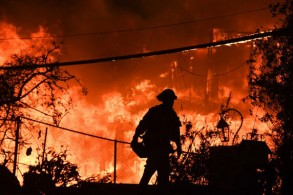 مشهد من الحرائق