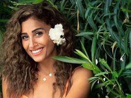 دينا الشربيني تحتفل بعيد ميلادها مع عمرو دياب