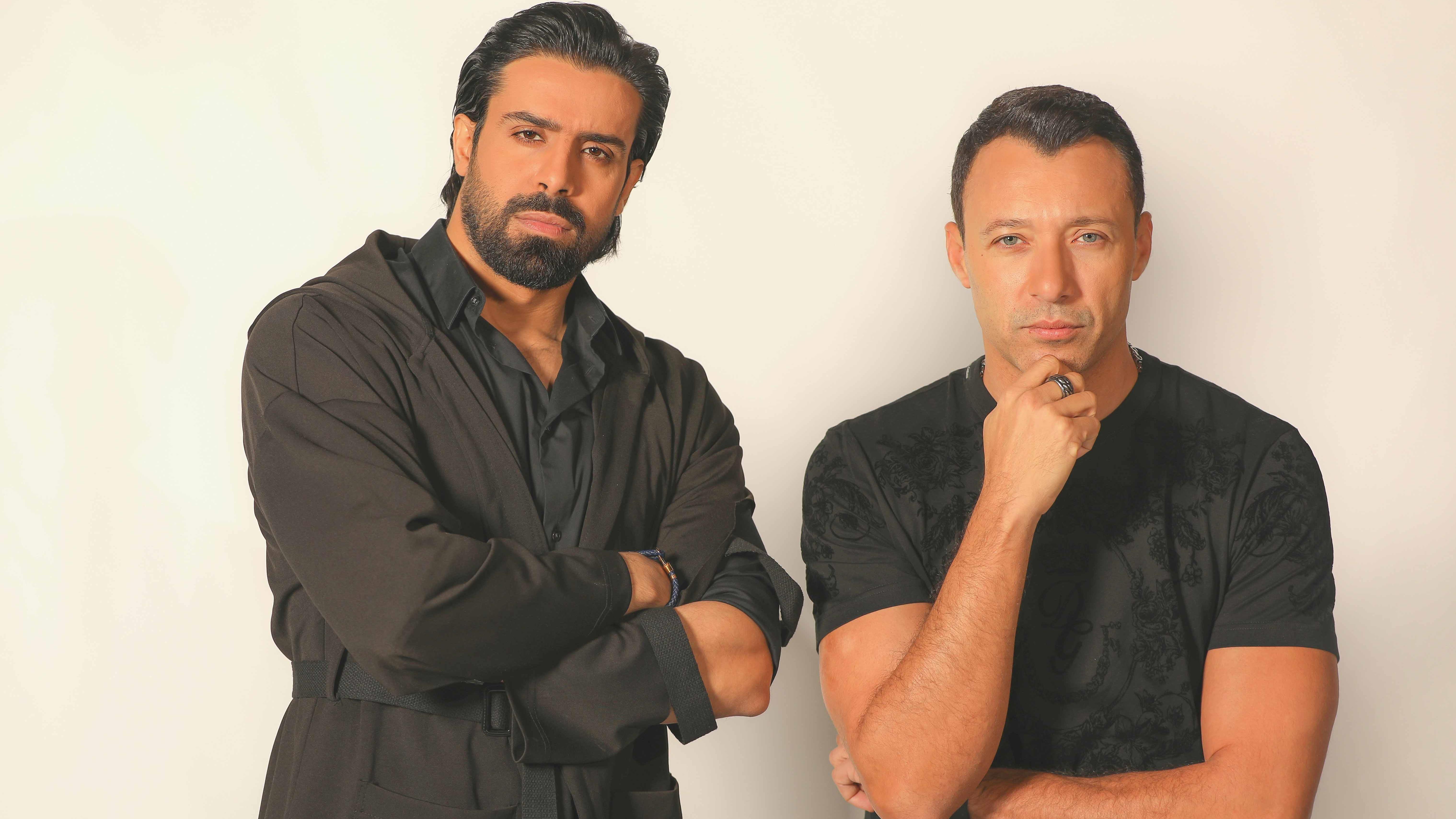 جلسة صريحة وعفوية بين أحمد فهمي وأحمد شعيب