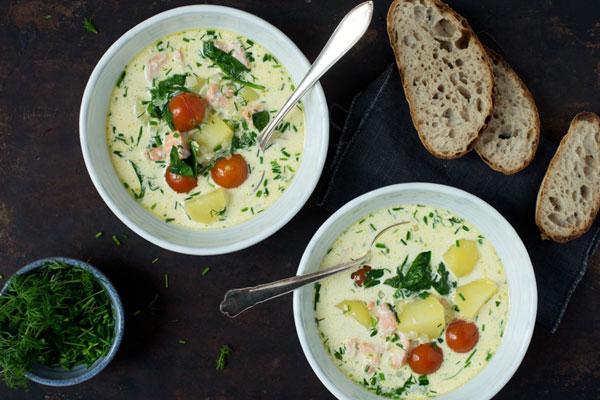 حساء السمك بالخُضَر