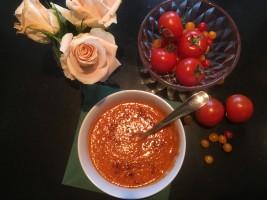 حساء الطماطم بمرق الدجاج