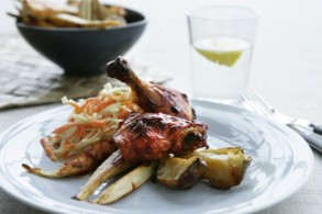 دجاج مشوي، سلطة كولسلو مع الخضراوات المخبوزة