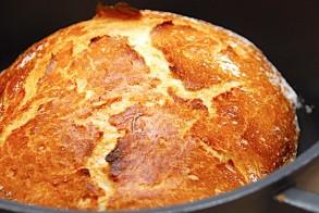 رغيف الخبز الطازج