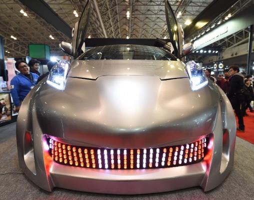سيارة تويوتا فيتز