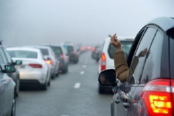 اسكتلندا تمنع التدخين في السيارة بوجود أطفال