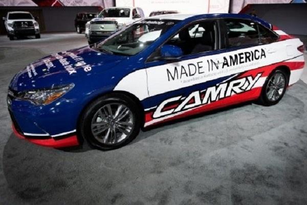 مصنعو السيارات يتنافسون لجذب المستهلكين الاميركيين