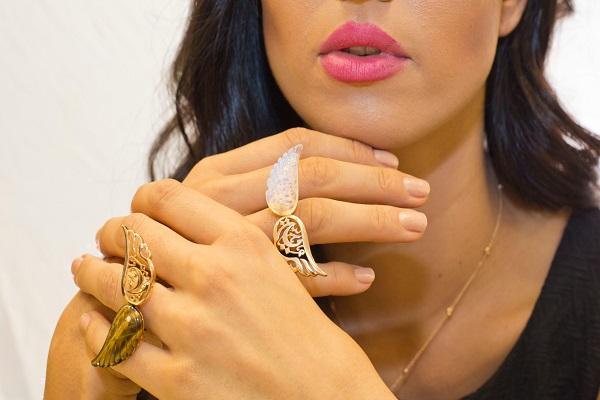 المصممه خلود الكردي تطرح مجموعة مجوهرات جديدة