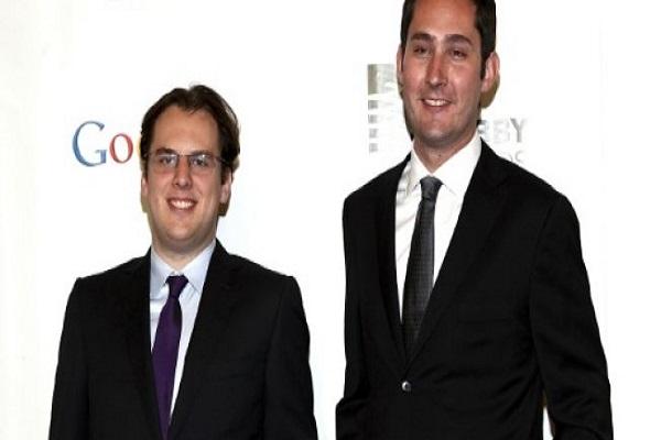 كيفن سيستروم (يمين) ومايك كريغر (يسار) في نيويورك