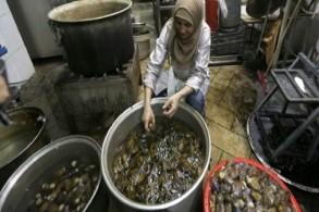 المكدوس ... أكلة شعبية شهيرة تعود لتزيّن المائدة السورية