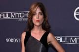 الممثلة الأمريكية سلمى بلير تكشف عن إصابتها بمرض خطير