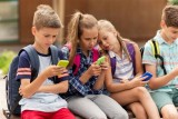الأجهزة الذكية تؤثر على الصحة العقلية للأطفال واليافعين