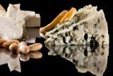 ما هي المخاطر الصحية لنقص الملح في طعامنا؟