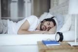 النوم أقل من ست ساعات يزيد خطر النوبة القلبية والجلطة
