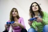 الفتيات أكثر تأثراً من الصبية بأضرار ألعاب الفيديو !
