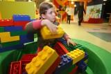 الشامبوهات وألعاب الأطفال تهدد الأطفال بالسمنة والسكري !