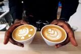 القهوة لا تُسَبِّب السرطان ولا تمنعه أيضاً !