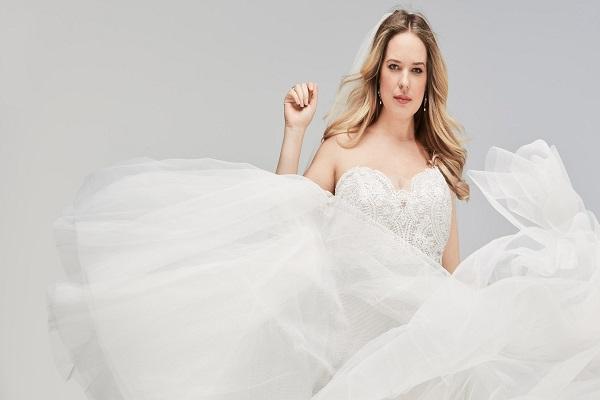 5 تسريحات لعروس متألقة ليلة زفافها