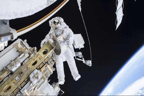 البنتاغون يعتبر أن الجيش الأميركي يرى يتعرّض لخطر في الفضاء