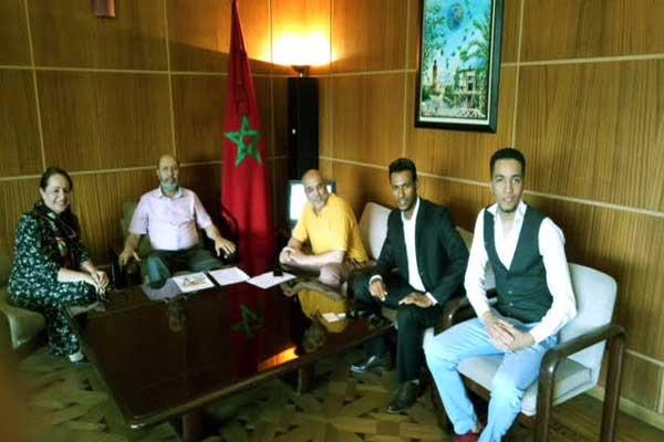 استقبال الرسام من قبل عمدة مراكش