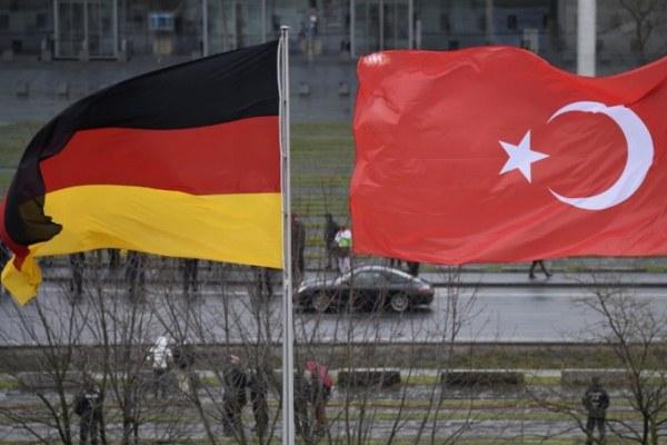 برلين تطلب من الحكومة التركية العودة الى استقلال القضاء والصحافة وحكم القانون