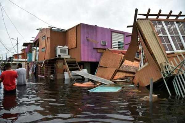 بورتوريكو بعد مرور الإعصار ماريا المدمر في سبتمبر 2017