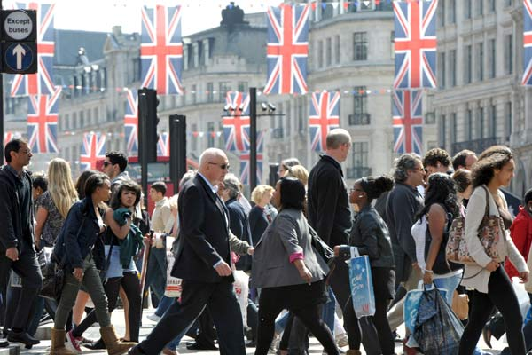 مواقف البريطانيين من التعددية والهجرة والاندماج تبدو متباينة