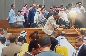 فوضى في لقاء لوزراء أردنيين مع أهالي الطفيلة
