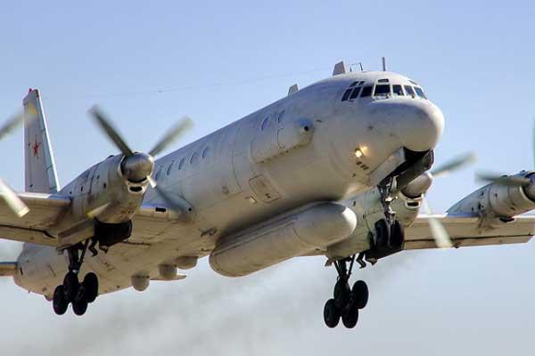 طائرة عسكرية روسية من طراز (ايل 20)
