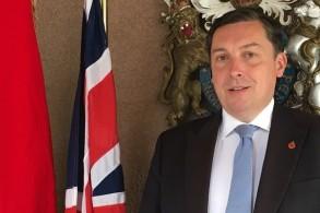 السفير البريطاني في العراق جوناثان بول ويلكس