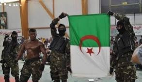 الجزائر تمنع آلاف العسكريين السابقين من بلوغ العاصمة