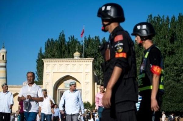 الصين تخوض معركة ضد الأطعمة والمشروبات الحلال