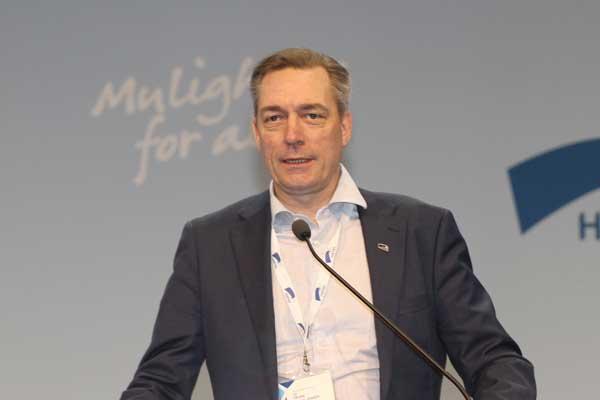 وزير الدفاع النروجي فرانك باك جنسن