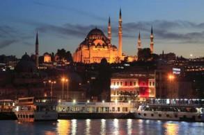 إسطنبول سترة نجاة لمعارضين لفظتهم أنظمتهم
