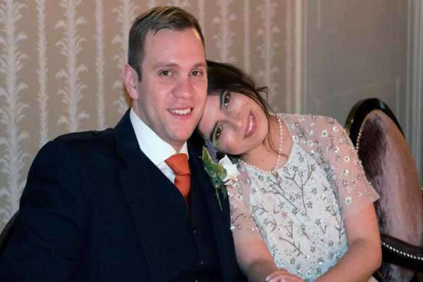 الطالب المعتقل هيدجز وزوجته دانييلا