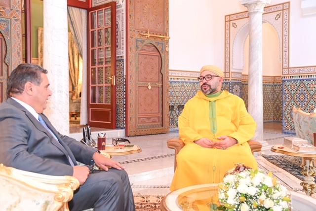 الملك محمد السادس لدى استقباله الوزير اخنوش - صورة لـMAP
